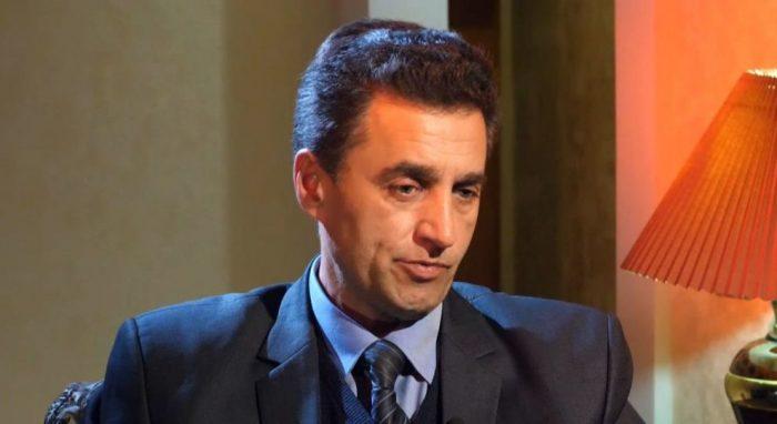 Известный писатель предложил оправдать сталинские репрессиивћ¤ Главное.net