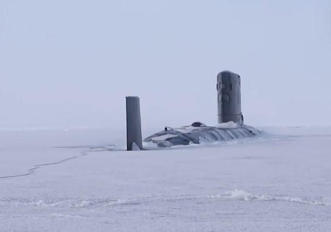 Российский адмирал дал оценку маневру подлодки США, которая пробила лед у российской базы ➤ Главное.net