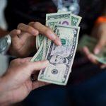 Американские эксперты обещают доллар по 97 рублей ➤ Главное.net