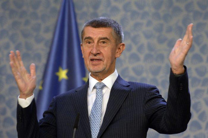 Премьер-министр Чехии не видит смысла высылать российского посла ➤ Главное.net