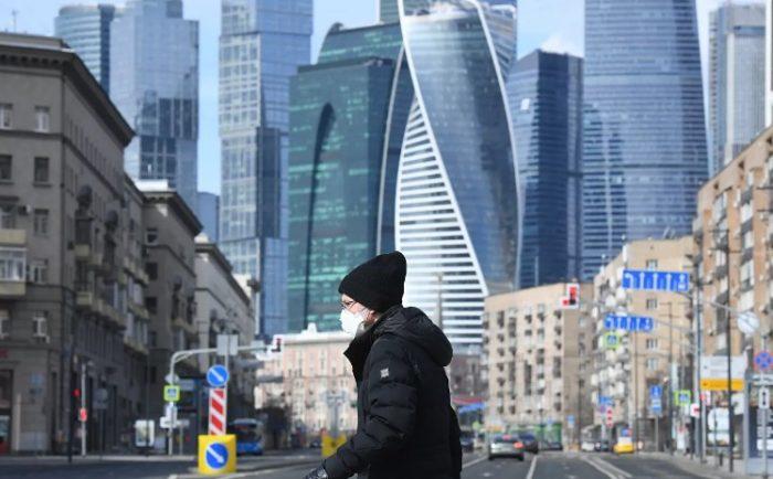 «Каким местом она зарабатывает»: Садальский припечатал раскритиковавшую зарплаты россиян Бородинувћ¤ Главное.net