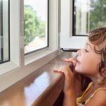 «Они плачут и не дышат». Почему пластиковые окна выходят из моды? ➤ Главное.net