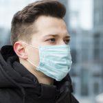 Академик РАН предупредил об опасности долгого ношения масок и перчаток ➤ Главное.net