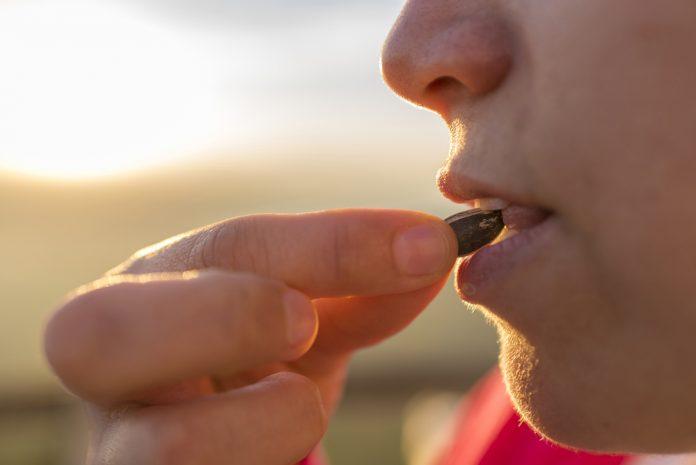 Что будет с организмом, если есть много семечек? ➤ Главное.net