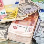 Сколько денег было выведено со счетов в РФ за период самоизоляции ➤ Главное.net