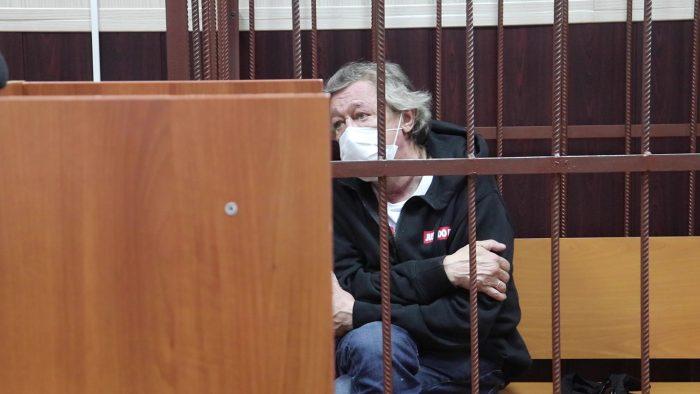 Семья погибшего в ДТП с Ефремовым опровергла согласие на компенсацию ➤ Главное.net