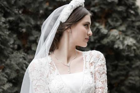 18-летняя жена Руслана Байсарова — неземная красотка: фото молодой чеченки 3