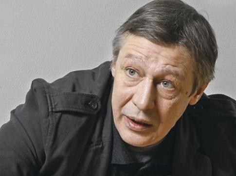 «Давайте я уйду, а потом заплачу»: запись разговора Ефремова с сотрудником ГИБДД ➤ Главное.net