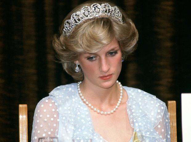 В личном дневнике принцессы Дианы нашли шокирующую запись ➤ Главное.net