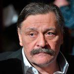 Актер Назаров высмеял «половой акт» Дзюбы и Азмуна (видео) ➤ Главное.net