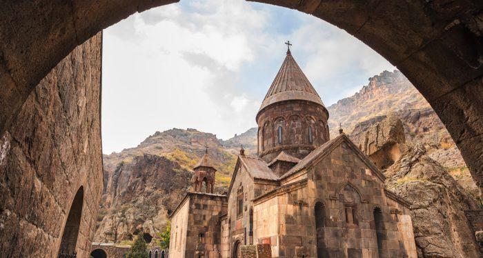 «Запретить все русское»: новое политическое решение Армении ➤ Главное.net