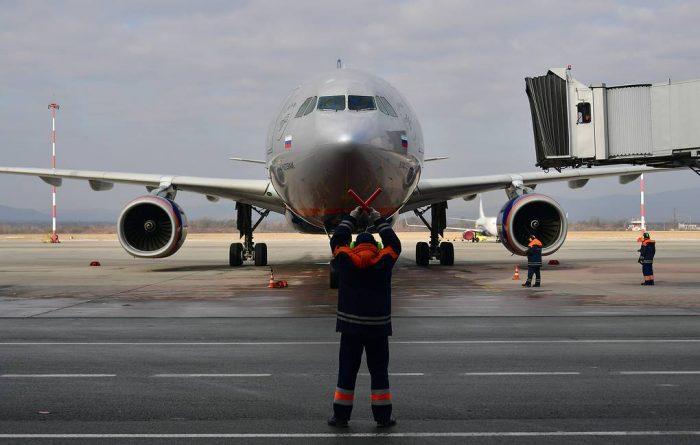 Дождь на борту самолёта: рейса Хабаровск — Сочи (ВИДЕО) ➤ Главное.net