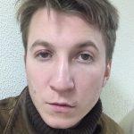 «Так часто я никогда не думал о самоубийстве»: Борис Левин из «Интернов» питается просроченными продуктами ➤ Главное.net