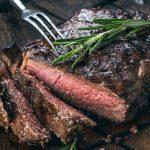 Ошибка, которая делает из сочного мяса сухую обувную подошву ➤ Главное.net