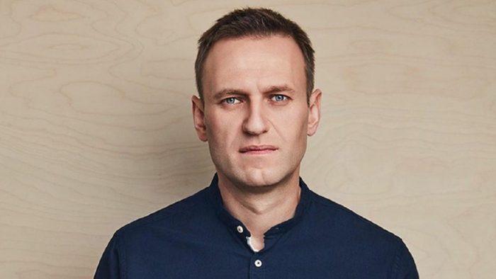 Летевшая с Навальным женщина раскрыла подробности случившегося ➤ Главное.net