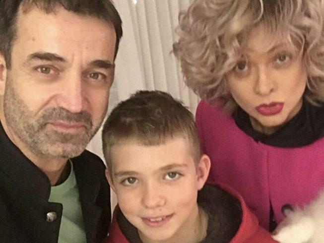 «Красивый — просто жуть!»: сын-кадет Певцова и Дроздовой дорос до авто ➤ Главное.net