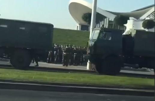 Лукашенко приводит армию в боеготовность➤ Главное.net