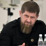 Кадыров осудил парней,  помывших ботинки в храмовом источнике ➤ Главное.net