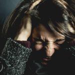 Мать убила пять своих детей, сбежала с шестым и пыталась убить себя ➤ Главное.net