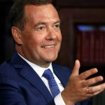 Медведев высказался о «достойной жизни» российских пенсионеров ➤ Главное.net