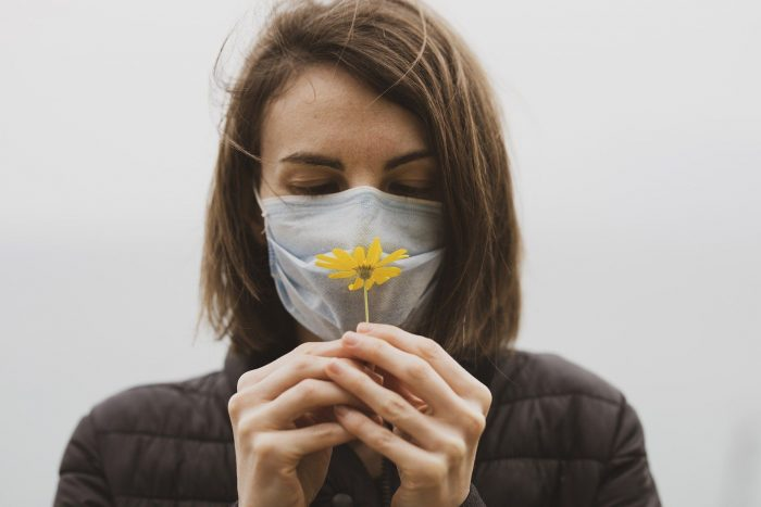 Потеря обоняния как главный симптом при коронавирусе ➤ Главное.net