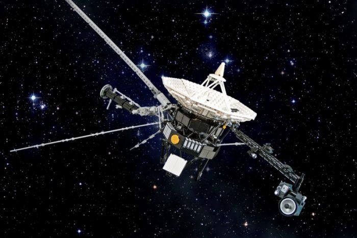 «Вояджеры» передали на Землю данные, которые не могут объяснить ученые ➤ Главное.net