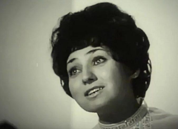Как сейчас живет самая популярная певица в СССР, которая эмигрировала в США ➤ Главное.net