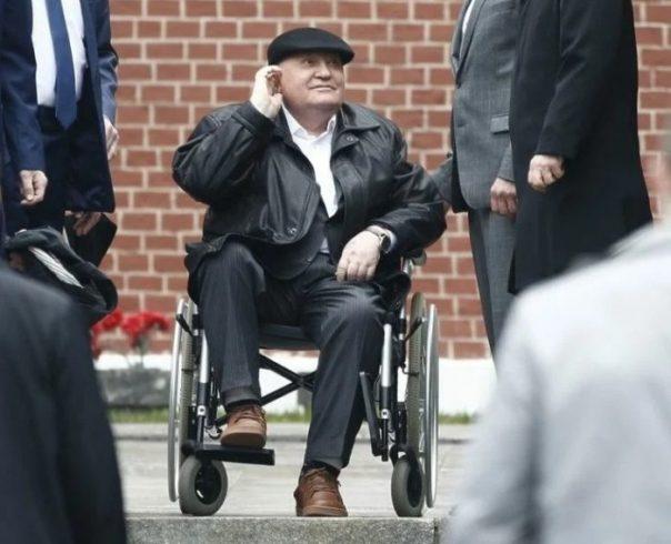 Беспомощного 89-летнего Горбачева не навещают близкие: журналист Караулов не скрывает злорадства ➤ Главное.net