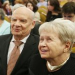 Пахмутова и Добронравов госпитализированы с коронавирусом ➤ Главное.net
