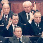 Какая пенсия у бывших членов Политбюро и ЦК КПСС ➤ Главное.net