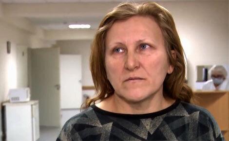 «Случайность»: мать школьницы, которой прострелил ногу полицейский, вступилась за нападавшего➤ Главное.net
