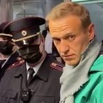 ОМОН и Ольга Бузова: как задерживали вернувшегося Алексея Навального ➤ Главное.net