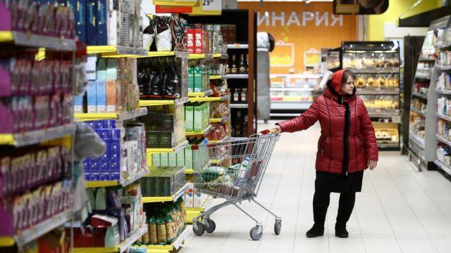 Платить или нет: что делать, если случайно разбил товар в магазине ➤ Главное.net