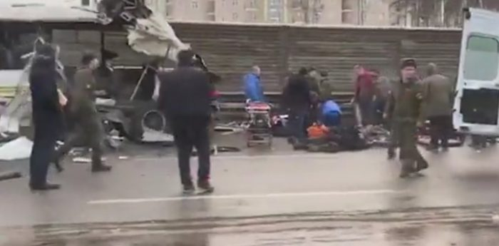 В Подмосковном ДТП с военными автобусами погибли 4 человека (видео) ➤ Главное.net