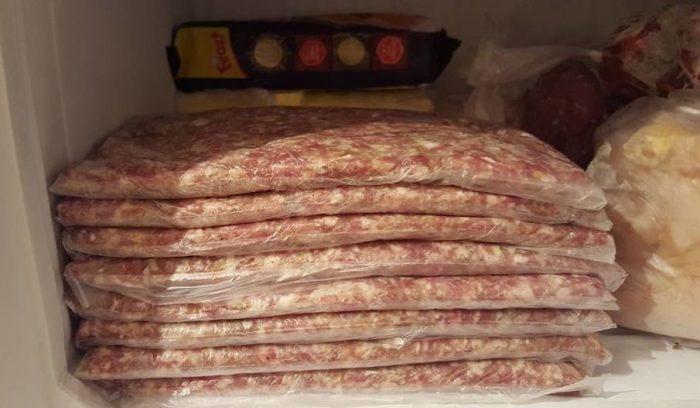 Необычный способ заготовки фарша: места в морозилке полно и размораживается быстро 3