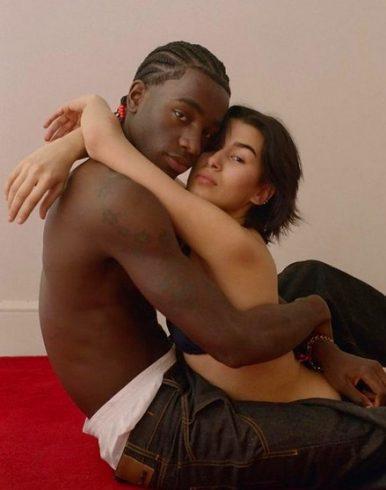 Дочь Ивана Урганта снялась обнаженной с парнем-афроамериканцем 3