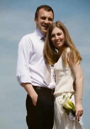 Скабеева и Попов признались, что не помнят дату свадьбы 3