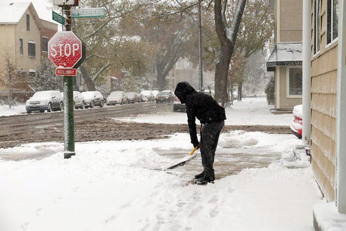 Американцы заявили, что в Техасе выпал «ненастоящий снег» ➤ Главное.net
