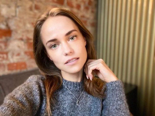 «Песочные часы»: «любовница» Харламова показала свою невероятную фигуру ➤ Главное.net